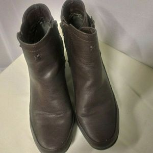 Rialto Faux Leather Brown Ankle Boots Size 10M